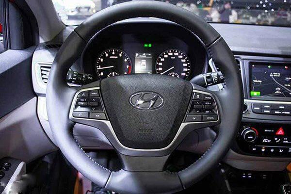 Vô lăng Hyundai Accent đặc biệt