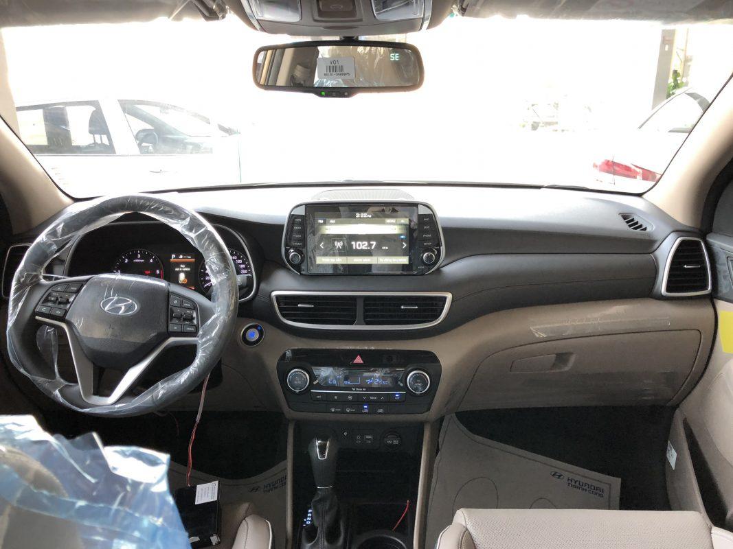 Nội thất Hyundai Tucson dầu đặc biệt