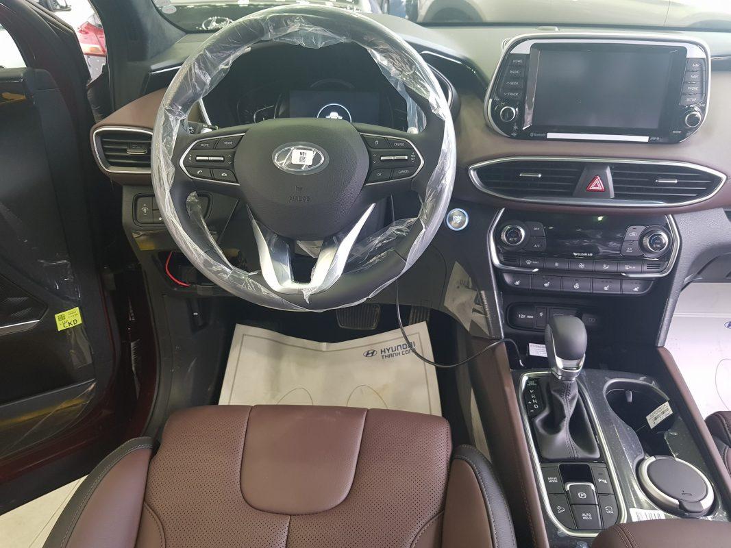 Nội thất Hyundai Santafe dầu đặc biệt 3