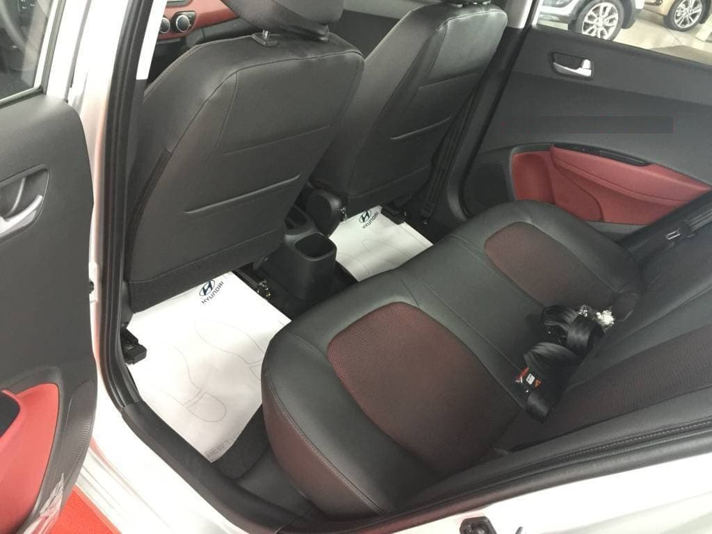 Ghế da pha nỉ cao cấp nội thất i10 Hatchback