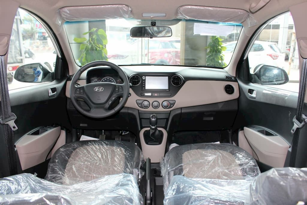 Nội thất i10 Hatchback sang trọng đẳng cấp